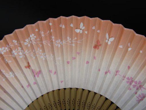 Sensu rosa con sakura e farfalle